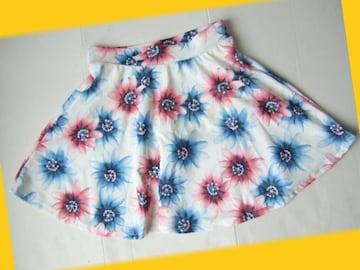 644新品★白  ぼかし花柄 可憐なミニスカート 中パンツ