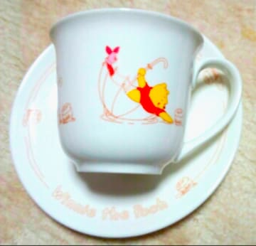 ディズニー サンリオ プーさん コーヒー&紅茶カップ&皿 2客