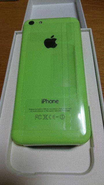 【新品・未使用】iPhone5c 本体 グリーン au < 家電/AVの