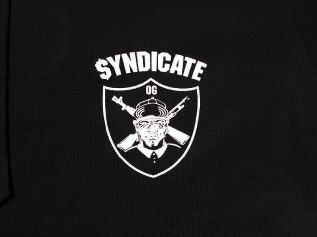 SYNDICATE★ポロシャツ胸プリ★S★黒★新品 < 男性ファッションの