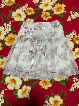 レストローズ☆めちゃかわホワイトピンクバラのキラキラスカート