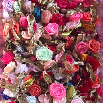 葉付き巻き薔薇50個アソート