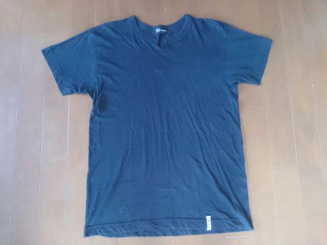 MCM Vネック Tシャツ ブラック Mサイズ 無地シンプル中古古着  < ブランドの