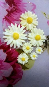 【未使用】デコ用品・白い花