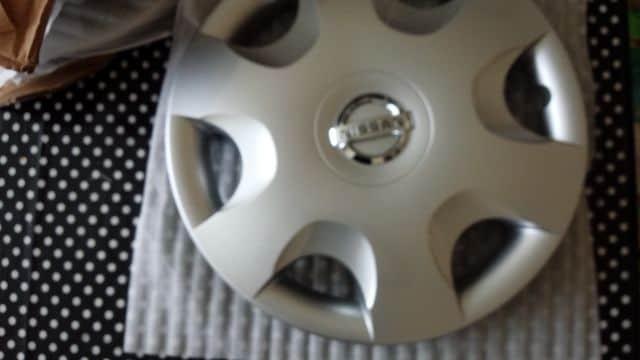 日産ホイルカバー新品 13インチ4本セット < 自動車/バイク
