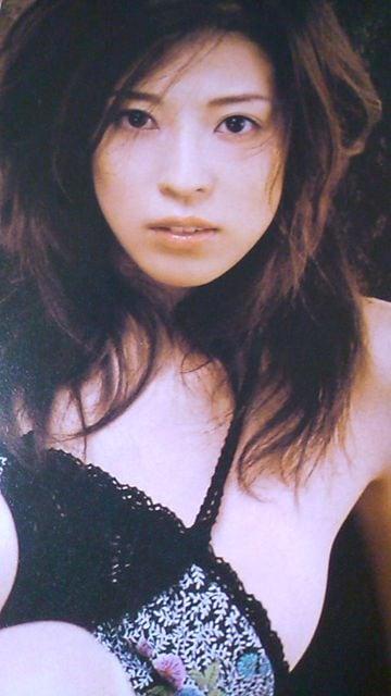 中村愛美雑誌からの未開封の袋綴じ  < タレントグッズの