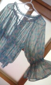 W CLOSETシフォン透け素材 七分袖花柄ブラウス