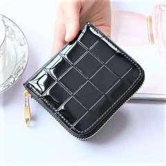ブラック コンパクト な 折り財布 小銭 カード入有