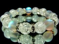 ブルームーンストーン§クラック水晶10ミリ銀ロンデル数珠