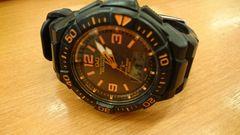 シチズン製ソーラー腕時計