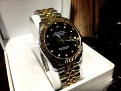 プレゼントに♪高級感あふれる人気モデルCFメンズ腕時計★新品