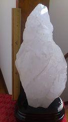 水晶原石!ブラジル産!3、2キロ!台座付き!