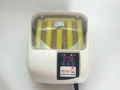小型自動孵卵器(ふ卵器・孵化器)自動転卵式 インキュベーター