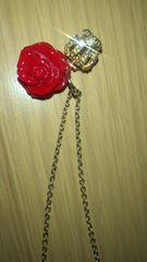 新品未使用 薔薇&高級感あり王冠ラインストーンネックレス