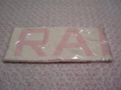TRALALA(トゥララ)ロゴ入りピンクマフラー