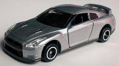 94 日産GT-R 新品