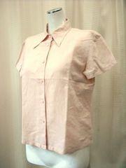 【ページボーイ】スモークピンクの半袖シャツです