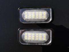 ベンツ キャンセラー内蔵LEDナンバー灯 W203C180C200C230C240