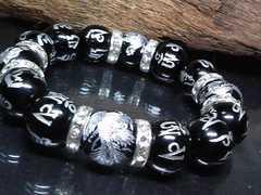 銀四神獣六字真言梵字オニキス14ミリ銀ロンデル数珠