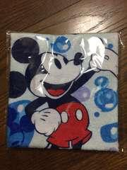 ミッキーマウス 大きめハンドタオル 水色