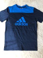 未使用  adidasTシャツ 150センチ