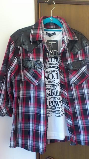 Mサイズ!新品!8分袖シャツとTシャツセット!カッコイイ  < 女性ファッションの