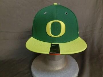 ナイキ製 USカレッジシリーズ オレゴン大学ダックス【O】ロゴCAP