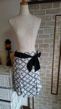 美品 ウェスト61 スカート