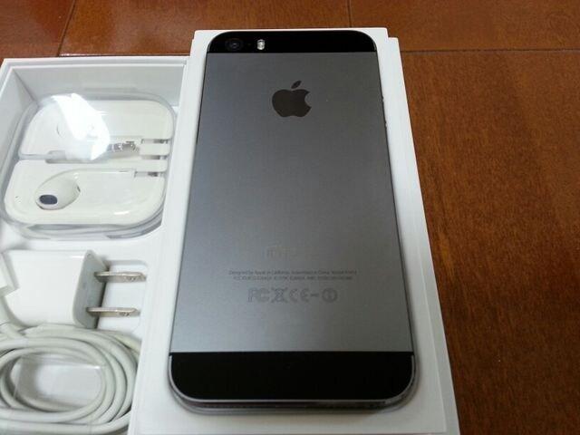 即落/即発!!新品同様 iPhone 5s 16GB グレイ 一括支払い済み < 家電/AVの