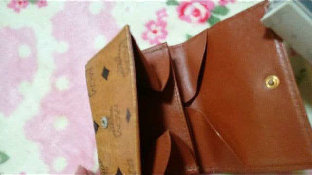 MCM三つ折り財布☆箱付き☆レア美品☆ < ブランドの