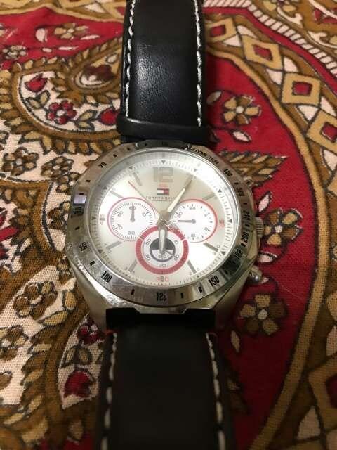 トミーフィルフィガー メンズ腕時計 < ブランドの