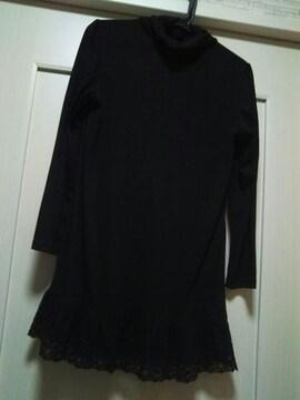 M-L 裾フリル 花柄刺繍 チュールレース付き ブラック カットソー