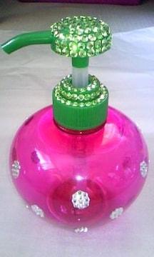 苺ポンプボトル