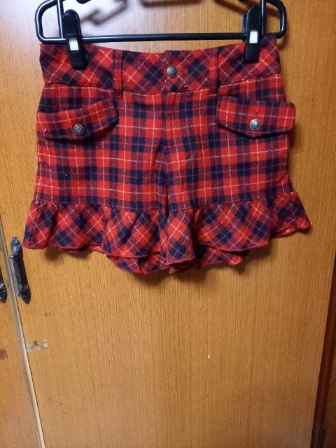 �A 赤の可愛いいショ−トパンツ  < 女性ファッションの