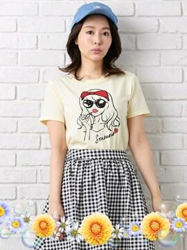 新品☆イング*レトロガールTシャツ