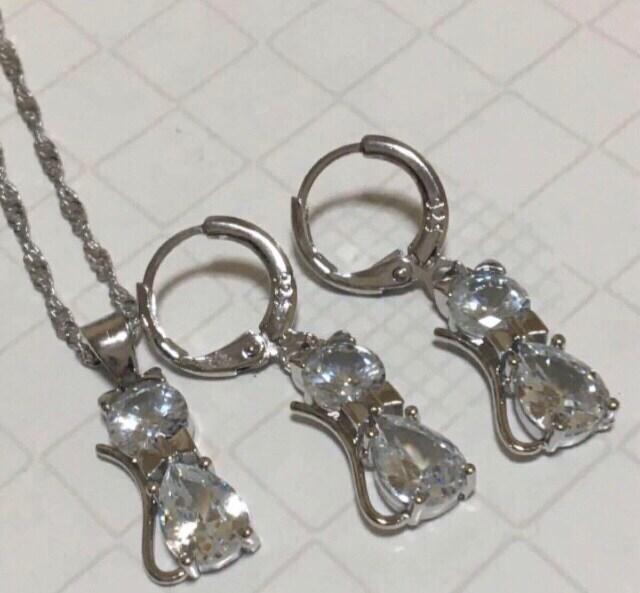 1円スタ☆シルバー925☆ダイヤモンドCZネコ型ネックレス&ピアス