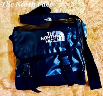 【The North Face】メッセンジャー ショルダーバッグ Black