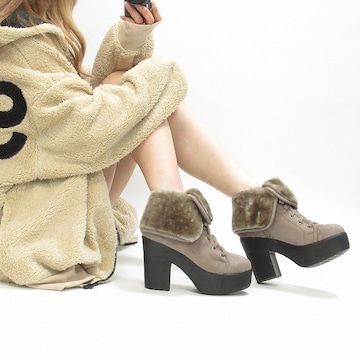 NEW最新【ベージュ】折返しファーボア編上げスニーカーブーツ厚底シューズ靴6039