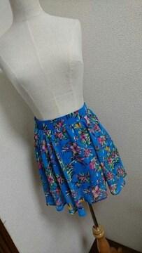 新品☆JURIANOJURRIE☆ブルー花柄☆フレアミニスカート