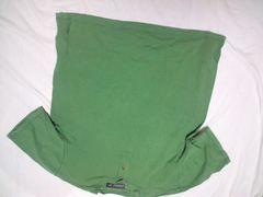 グリーン ヘンリーネックTシャツ