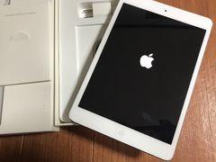 送料込美品iPad mini64GBアップルMD533J付属品新品Wi-Fiモデル
