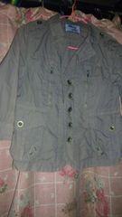 ミリタリージャケット フリーサイズカーキ色難有り。
