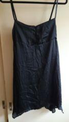 ■春物新品JAIRO黒サテン裾変形シンプルワンピ■