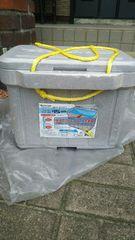 新品未使用品 クーラーボックス 新品保冷剤3個付