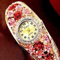 特A品 新品 1円〜★送料無料★ 豪華ドレスウォッチ 花彫刻ゴールド腕時計