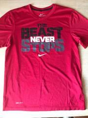 ナイキ 半袖TシャツSサイズ   赤色   (バスケ)