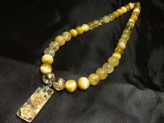 浮彫龍水晶×ゴールデンタイガー×ゴールドルチル数珠ネックレス 開運石