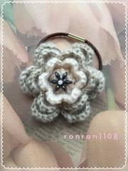 ハンドメイド/手編み♪毛糸のお花ヘアゴム 2-238
