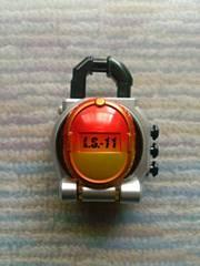 送料205円〜■DXマンゴーロックシード 仮面ライダー鎧武