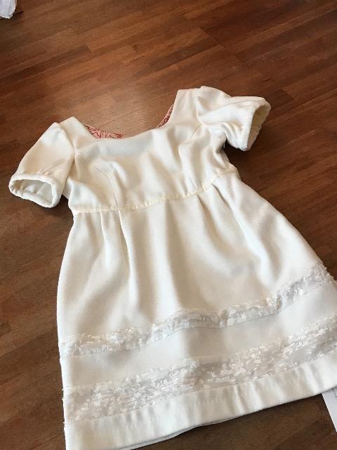 新品『DE RADIENCE』ホワイト★チュール薔薇お洒落ワンピース F  < 女性ファッションの